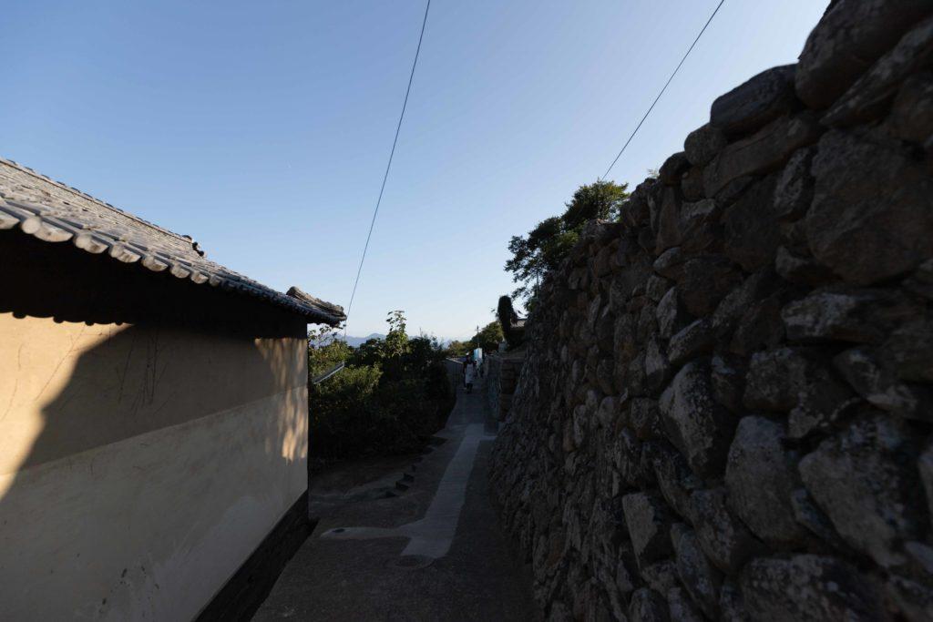 高見島の道